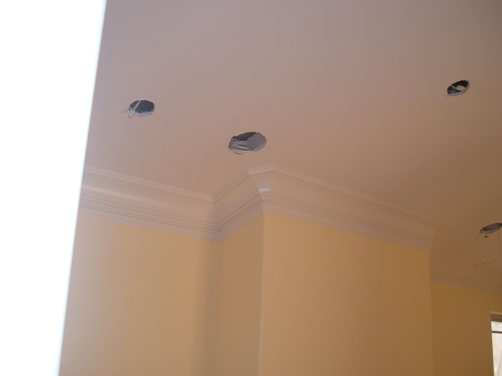 Crown Mouldings for sloped ceiling (Cupertino)